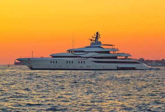 Guidelines for Superyachts on the Gold Coast