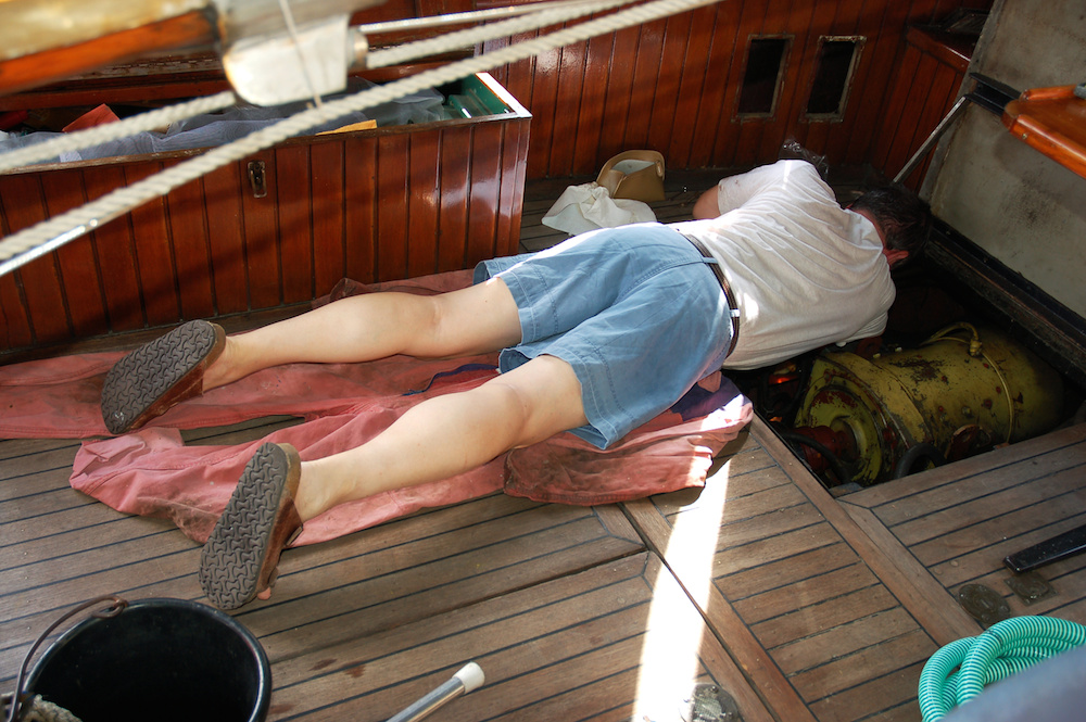5 Reasons Why You Should Leave Boat Maintenance Jobs to the Professionals