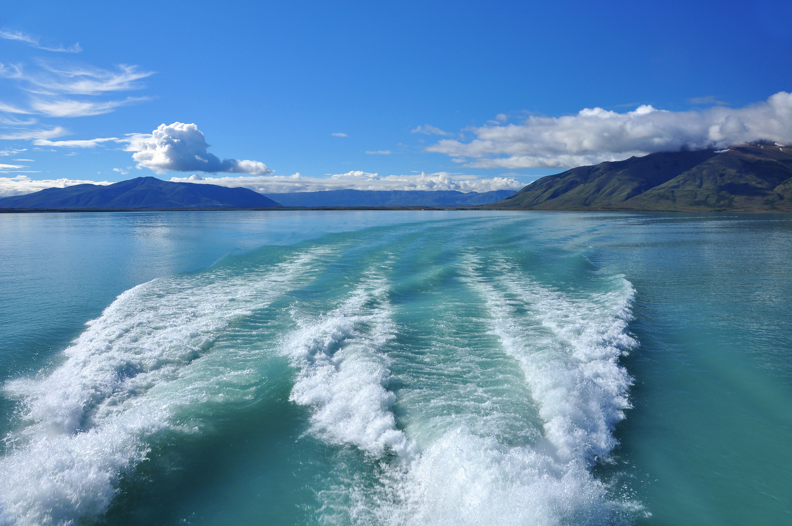 Oil analysis – an open view of your boat's engine